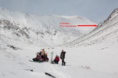 Долина правого Зун-Гола, вид на подъем к пер. Усть-Илимцев