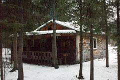 Ближайшее к мосту зимовье на Шумаке