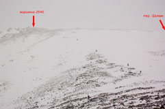 Спуск с вершины 2940 в долину Ехэ-Гэра